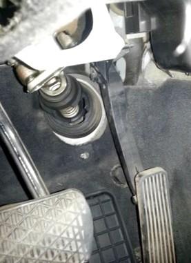 Автомобильный пыльник: для чего нужен?