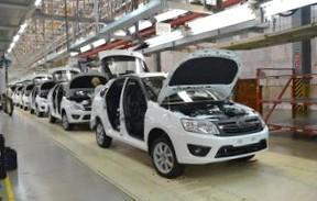 АвтоВАЗ сократит производство из-за кризиса