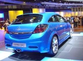 Цены на Opel Astra OPC в России приятно удивили