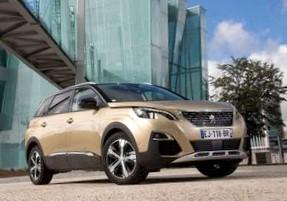 Экономичные, спортивные, бюджетные и народные: какие автомобили появятся на российском рынке в 2015 году