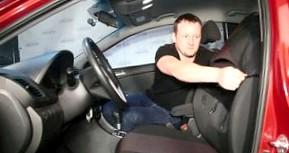 Как установить авточехлы в автомобиле