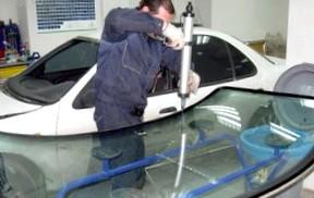 Как заменить лобовое стекло на Ниссане