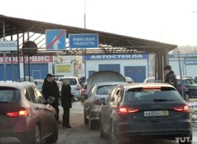 Когда выгода в стоимости одной машины - до 70 тысяч долларов. Что белорусы везут из России: репортаж AUTO.TUT.BY