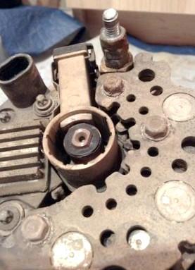 Неисправность генератора - о вреде самостоятельного ремонта