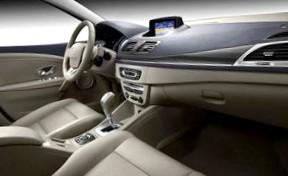 Новый Пежо 308 за его дизайн и технические характеристики уже признавали автомобилем года