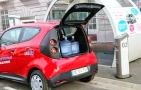 Объявлены российские цены на электрокары Renault Twizy и Kangoo