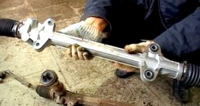 Особенности ремонта рулевых реек в иномарках