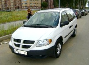 Отзыв о Dodge  Caravan (Додж Караван), 2,4-L SE, АКПП (5 ступ.), универсал, 2002 год