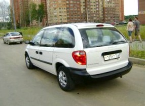 Отзыв о Dodge  Caravan (Додж Караван), 3,3-L, АКПП (5 ступ.), универсал, 2000 год