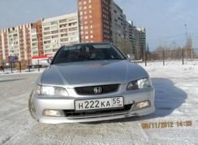 Отзыв об автомобиле Honda Accord (Хонда Аккорд ), 1,8-L F18B, седан, АКПП, 2000 г.в.
