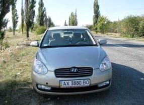 Отзыв об Хендай Верна (Hyundai Verna), 1,4-L , седан,  МКПП, 2008 г.в.