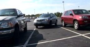 Правила парковки. Как припарковаться так, чтобы никого не зацепить