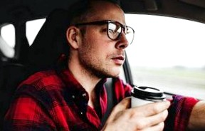 Приобрести автомобиль в салоне: что может быть проще?