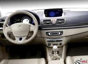 Renault Megane (Взгляд со стороны)