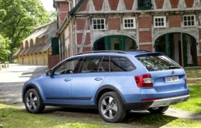 Subaru Outback и Opel Insignia Country Tourer: Сравнение универсалов 4х4