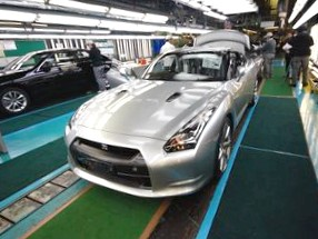 Subaru Tribeca и Nissan Murano: Битва самураев