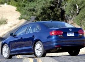 Volkswagen Jetta 2011: комплектации Trendline, Comfortline, Highline