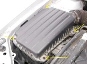 Замена воздушного фильтра двигателя автомобиля и значение данной процедуры