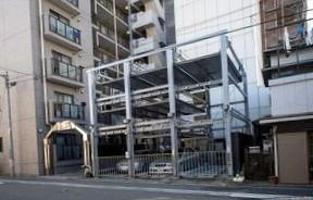 Жителям центра могут разрешить парковаться бесплатно вне своих районов
